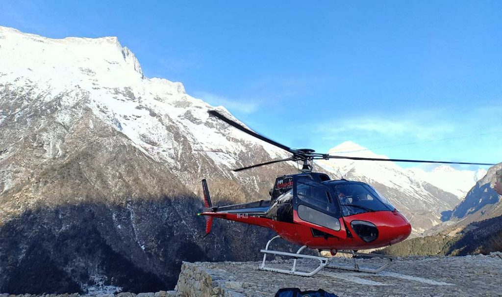 everest-helicopter-tour-11